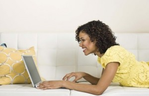 black_woman_on_computer620x345