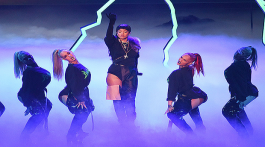 rihanna_third_performance_vma_2016_ftr_1620x345